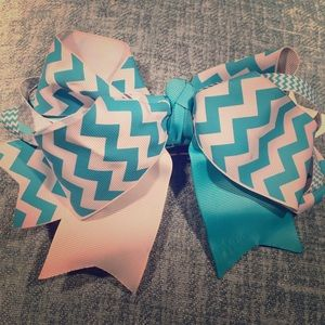 Accessories - Hair bow
